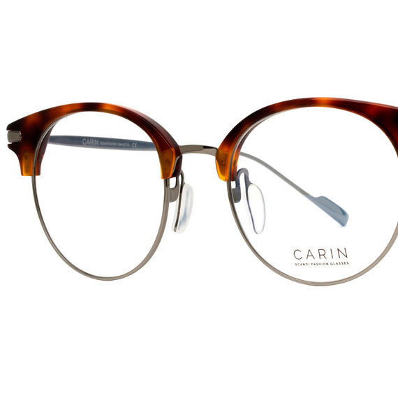 Carin Tail R C3 - Brille, Detail